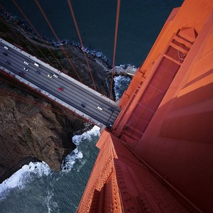 Urban-aerial-view-bridge-rock-car-golden-gate-bridge-river-1920x1200